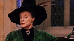 Chi è Maggie Smith, l'attrice di Minerva McGranitt in Harry Potter che ha vinto due Premi Oscar