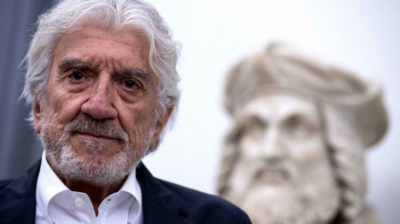 Gigi Proietti: il Globe Theatre di Roma cambierà nome in suo onore