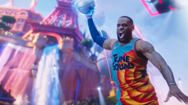 LeBron James risponde ai complimenti ricevuti da Dwyne Wade per Space Jam: New Legends